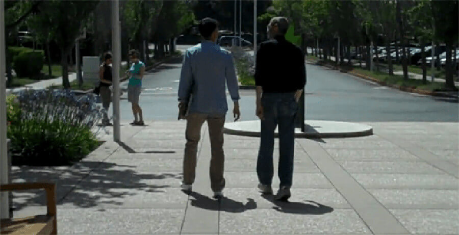 Steve-Jobs-caught-on-camera-walking-down-the-campus-sidewalk
